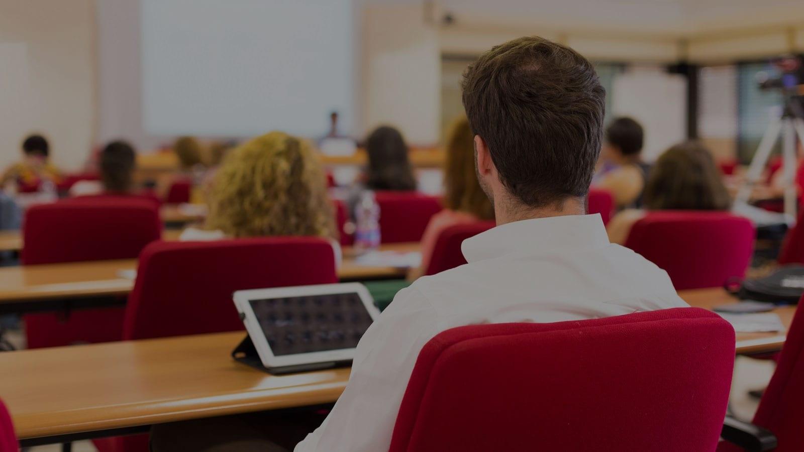 Licenciatura en Administración y Emprendimiento